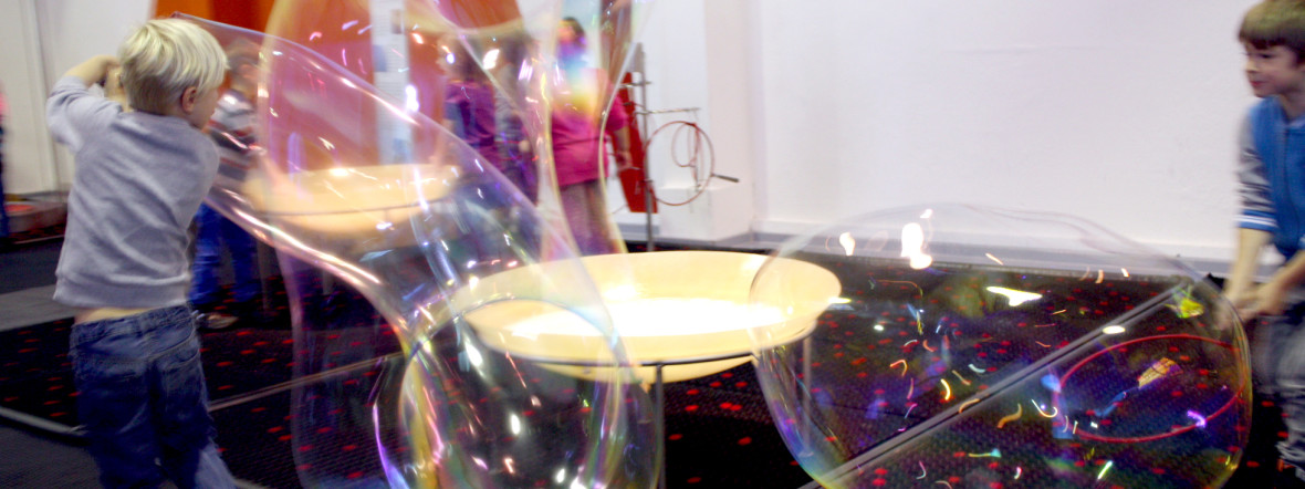 Seifenblasen - Ausstellung im Kindermuseum, Foto: Kinder- und Jugendmuseum München