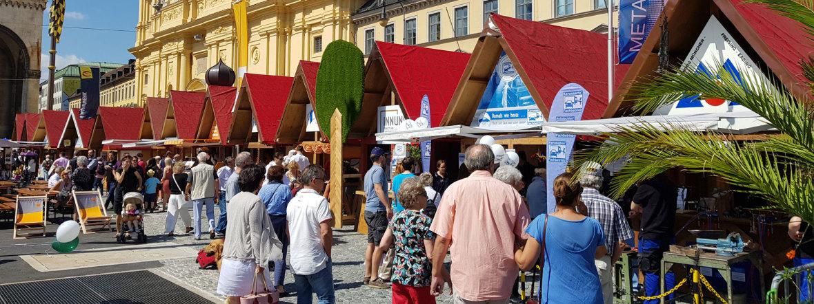 Handwerkerdorf beim Stadtgründungsfest, Foto: Wolfgang Weigl