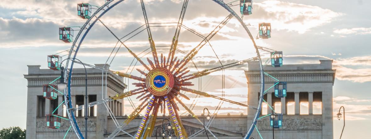 Königsplatz beim Sommer in der Stadt, Foto: Anette Göttlicher