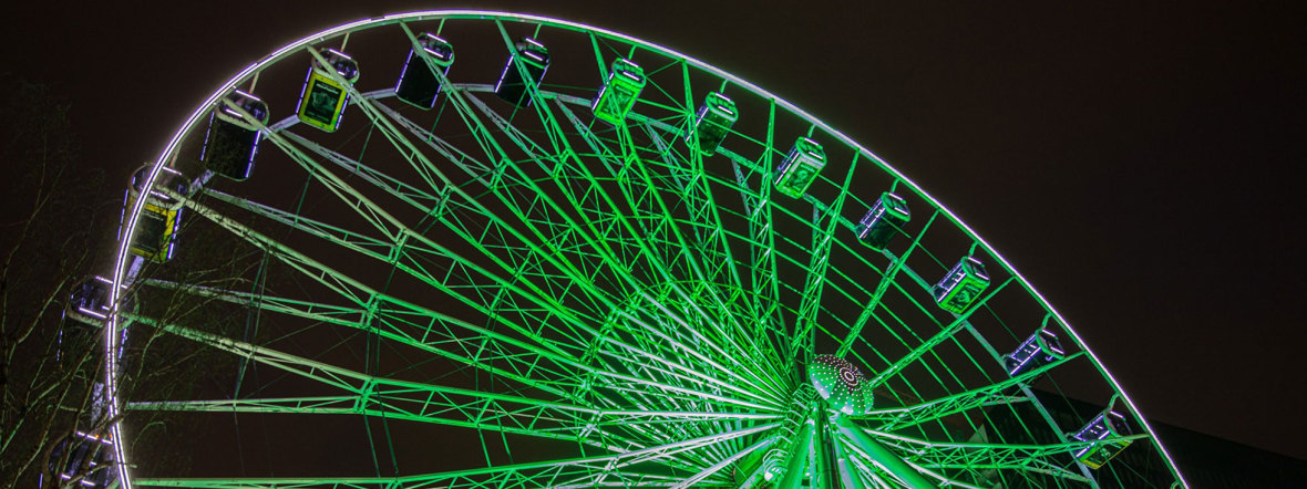 Riesenrad Umadum leuchtet zum Greening beim St. Patrick's Day, Foto: Wolfgang Groesslinger