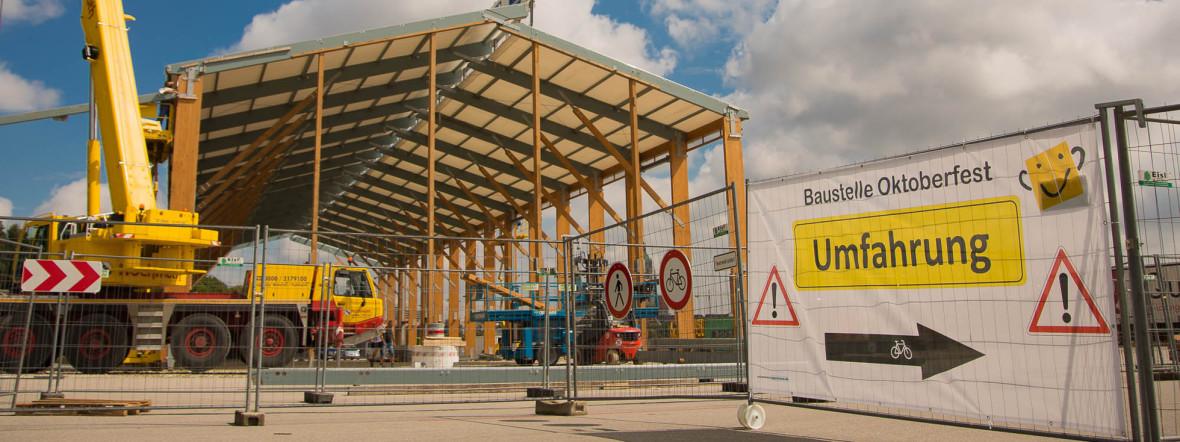 Schützen Festzelt im Aufbau, Foto: Archivbild 2018 (muenchen.de / Immanuel Rahman)